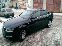 Audi A6 черного цвета