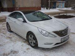 Hyundai Sonata белый