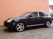 Porsche Cayenne темный